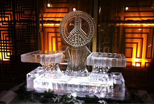 3 Tier Peace Seafood Station Ice Sculpture