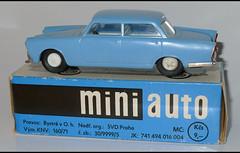 ALFA ROMEO 2000 Berlina (987) KDN L1100563 (baffalie) Tags: auto old classic car vintage toys miniature voiture retro coche alfaromeo jouet diecast jeux classica