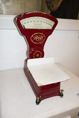 Antique Rag grocer's scale (quinet) Tags: germany antique balance grocery rag ancien antik picerie waage 2013 lebensmittelgeschft domnedahlem