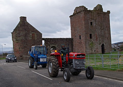 2016 FVAMC Tractor Road Run (andyflyer) Tags: farming agriculture farmmachinery agriculturalmachinery oldtractor classictractor vintagetractor farmingheritage tractorroadrun fifevintageagriculturalmachineryclub fvamc fifevintagetractorclub