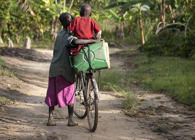 africa-uganda-water-bike