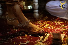 Best foot forward (Shinihas Photography) Tags: hinduwedding wedding weddingphotography feet anklet henna indianweddings shinihasaboo dubai uae