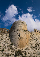 Krak des Chevaliers, Homs, Syria (Eric Lafforgue) Tags: travel sky plant color colour castle history vertical horizontal architecture landscape outdoors photography day fort military hill religion nopeople medieval unescoworldheritagesite unesco syria 105 thepast homs siria levant syrien syrie krakdeschevaliers crusadercastle sirja tartus traveldestinations colorimage famousplace suriye   syri nationallandmark internationallandmark mediterraneanculture  sria szria thecrusades builtstructure  westernasia   crakdeschevaliers middleeasternculture  suriah sirija  cp  sora