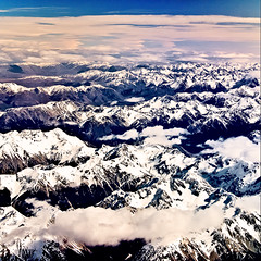 Snowy Peaks - South Island, New Zealand. (Matthew Post) Tags: winter newzealand snow mountains alps square matthew explore crop canon350d southisland peaks southernalps mainland snowcappedmountains canonefs1855 explored thesouthernalps matthewpost