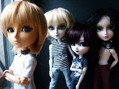 Jimmy, Liam Joachim y Teo (Lunalila1) Tags: white outfit doll skin handmade nosferatu jimmy connor teo liam jade wig midnight yaoi vu joachim horner deja comparision natsume isul taeyang