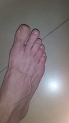 2012-04-09_10-34-46_424 (Din0.Core) Tags: feet toes barefoot heels barefeet soles toenails dirtyfeet