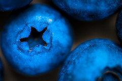 Shape of star (Daniel Kulinski) Tags: life blue wild food color macro kitchen make fruit forest juicy still berry europe slow natural image drink sweet daniel stock navy smooth creative picture cook samsung poland fresh round feed 60mm 1977 microscopic fare prepare photograhy forage boil stockphotography nourishment bilberry nx poach seethe aliment foodeat kulinski nx20 samsungnx samsungimaging danielkulinski samsungnx60mmf28 samsungnx20 samsung60mm