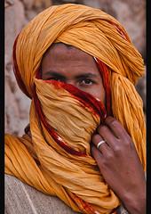 portrait of a Berber man, Ait Benhaddou, Morocco (jitenshaman) Tags: africa travel portrait sahara fashion scarf desert headscarf morocco berber destination turban tribe clan ethnic moroccan ethnicity bedouin nomadic draa tribesman aitbenhaddou worldlocations