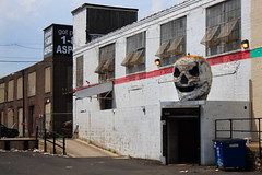 Don't Call Him Eddie (phillytrax) Tags: city urban usa philadelphia america skull unitedstates pennsylvania spooky pa philly warehouses 2012 southphiladelphia southphilly cityofbrotherlylove swansonstreet pennsport