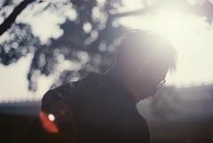 _也許的 寧靜。 (eliot.) Tags: portrait film me pentax brian taiwan taipei 100 eliot solaris 日子裡的聲音 聽到的/聽不到的 巨大/細微