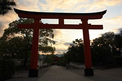 Fushimi Inari Shrine - Kyoto (Alejandro Muiz Delgado) Tags: japan temple kyoto religion shinto shintoism sintoismo japon fushimiwardkyotocitykyotoprefecturejapan shinto