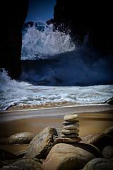 DSC_0225 (FlipperOo) Tags: voyage sea mer france color st rock port de nikon pierre vagues plage morbihan blanc roche arche quiberon instagramapp