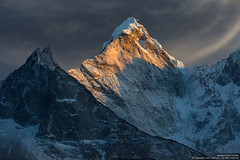 Her Majesty Ama Dablam (Anton Jankovoy (www.jankovoy.com)) Tags: travel nepal sunset snow mountains trekking trek landscape peak mount everest himalayas amadablam sagarmatha chukhung