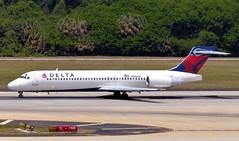 Delta - N986AT - B717-231 (Charlie Carroll) Tags: tampa florida tampainternationalairport ktpa