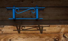 En attente...... (mrieffly) Tags: bleu ssssss canoneos50d