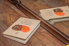 Almofariz do Tempo (angela.macario) Tags: brazil brasil livro tempo literatura goinia gois cssia fernandes lanamento ngela escritora macrio almofariz