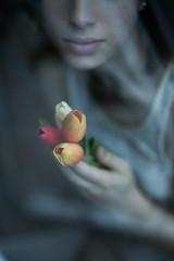 Tulip (la_cla25) Tags: flowers portrait cold flower girl model hands mood bokeh mani lips fiori ritratto freddo tupil tulipani labbra modella