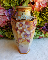 Vintage Nippon Porcelain Vase ~ Hand Painted Lavender Flowers Gold (Donna's Collectables) Tags: flowers vintage gold hand painted lavender vase nippon porcelain ~