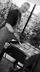 flame grilled (byronv2) Tags: edinburgh festival canal canalfestival canalfestival2016 unioncanal lochrinbasin fountainbridge tollcross viewforth edimbourg candid peoplewatching street scotland blackandwhite blackwhite bw monochrome man cook chef cooking burgers