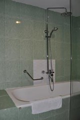Bathroom 01.alt (hanoitouronline) Tags: halongbaytours traveltohanoi bookflightticket sapatrekkingtours booktrainticket hanoitoursinformation halongbayonalovacruises ninhbinhecotours hanoionedaytours halongbayonedaytours vietnamhoneymoontours hanoigolftours hanoivillagestours rentthecars