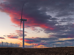 Windfarm Sunset (mikeSF_) Tags: california county city sunset sky mike rio clouds river day wind pentax cloudy farm delta vista sacramento solano turbine fairfield lodi oria limites suisun fa31 httpmikeoriazenfoliocom