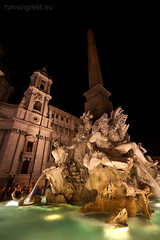 "piazza Navona, notturno • <a style=""font-size:0.8em;"" href=""http://www.flickr.com/photos/89679026@N00/7471677678/"" target=""_blank"">View on Flickr</a>"