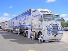 photo by secret squirrel (secret squirrel6) Tags: advertising long message awesome melbourne vehicle coe kw kenworth cabover bullbar aerodyne k200 bdouble truckright secretsquirreltruckphotos pilontransport