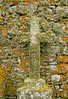 Camouflage Cross (RoystonVasey) Tags: youth canon eos scotland hostel moss cross zoom south sigma ground chapel burial lichen outer agus mor uist hebrides 1770mm oigridh howmore 400d cladh caibeal thobha osdail