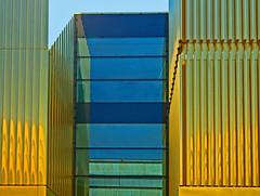 ~~~ Lichtspiel ~~~ (vil.sandi) Tags: munich münchen renovierung lenbachhaus 2013 ruby10 goldfassade städtischegalerielenbachhaus forsterparnter