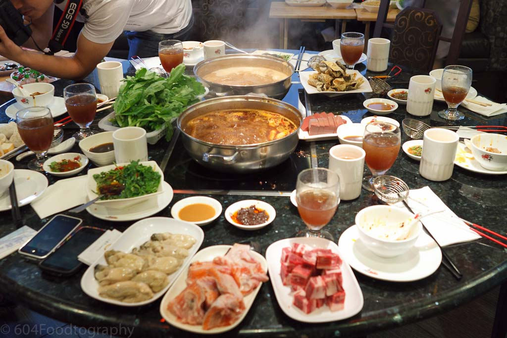 Fatty Cow Seafood Hot Pot 小肥牛火鍋專門店