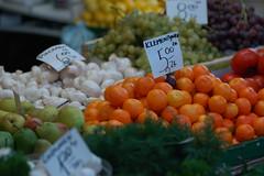 Frukt og sopp - 4291 (Kjetil Ormestad Eid) Tags: green krakow sopp marked grnt appelsin prer albumkrakow lagtinn20070123