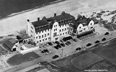 Grand Hotel, Prestatyn (Now The Beaches Hotel) (trainsandstuff) Tags: vintage aerial retro grandhotel pontins prestatyn beacheshotel