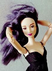 Miko, the Queen elegant and supreme  (Lo_zio87_Barbie Collector) Tags: happy queen miko fashonistas madetomove