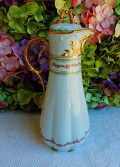 Vintage Limoges Porcelain Chocolate Pot ~ Rose Swags ~ Gold (Donna's Collectables) Tags: rose vintage gold chocolate pot porcelain swags ~ limoges
