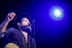 Nathaniel Rateliff op Down The Rabbit Hole 2016 (3FM) Tags: music rabbit festival hole muziek nathaniel rood the 2016 down 3fm kamiel hole foto rateliff 2016 dtrh16