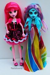 TAG GAME - The Hunger Games - Capitol Couture (Nataloons) Tags: pink blue game fashion monster movie high rainbow doll dragon handmade tag games capitol hunger wig liv couture mattel threeeyed createamonster monsterhigh meleovegangrels