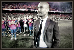 PEP GUARDIOLA-BARA-DESPEDIDA-HOMENAJE-FC BARCELONA-FUTBOL-MEJOR ENTRENADOR-FOTOS-ERNEST DESCALS- (Ernest Descals) Tags: pictures barcelona news game history sports sport photo coach spain play thankyou emotion gracias soccer noticias catalonia fotos end deporte catalunya goodbye juego futbol homage campeonato campnou bara fcbarcelona copa historia trainer noucamp champions partido deportes campeon campeones entrenador adios sardana simbolos gracies liga homenaje celebracion guardiola pancarta emocion messi sardanas campions titulos supercopa mundialito aficion partidos iniesta futbolistas adeu mascherano victorvaldes ligaespaola carlespuyol entrenadores pedrorodriguez danialves alexissanchez pepguardiola xavihernandez gerardpique ernestdescals barcelonistas titovilanova sergiobusquets