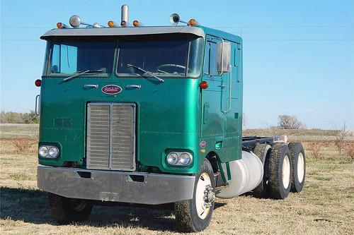 1973 Peterbilt 352