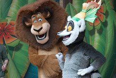 Alex and King Julien XIII (Snoop Baggie Bag) Tags: 2012 chessington madagascarshow