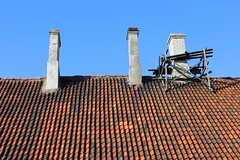 Tallinn ///// chimneys (.nrq.) Tags: roof color textura tallinn estonia cielo material tejado chimneys chimenea teja