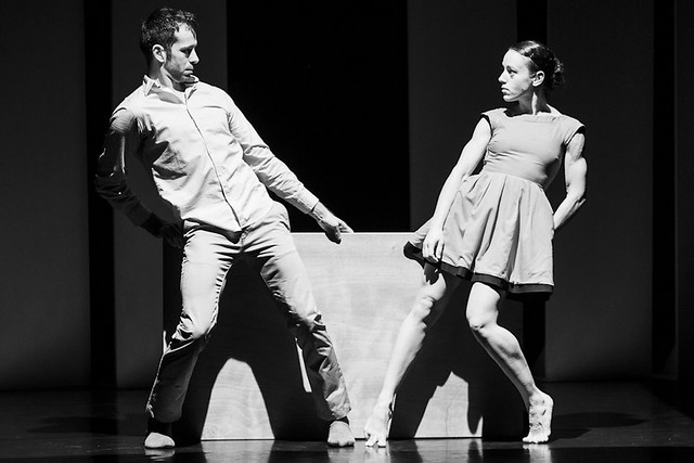 """Thomas Noone Dance - Lugares extrañamente desastrosos • <a style=""""font-size:0.8em;"""" href=""""http://www.flickr.com/photos/32810496@N04/7465880138/"""" target=""""_blank"""">View on Flickr</a>"""