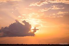 Entardecer (Allan_Castro) Tags: luz sol brasil contraluz allan nikon barco foto perfil sombra fotografia mão pará fotógrafo rosto norte óculos belém entardecer américalatina amazônia contorno d90 allancastro allancastrom retratocontraluz