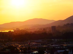 The closing act (peggyhr) Tags: light sunset canada mountains vancouver bc harmony layers finegold thegalaxy 25faves peggyhr heartawards screamofthephotographer vanagrammofontheoldgramophone 100commentgroup thelightpainterssociety dragonflyawards flickraward zensationalworld zodiacawards perfectioninpictures mygearandme blinkagain photohobbylevel1 redgroupno1 flickrstruereflection1 flickrfriends rolyegroupsunsets thelooklevel1red niceasitgets~level1 p1250266ab