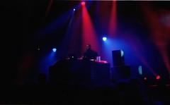 Flying Lotus / 2 (deFe.) Tags: paris 35mm 50mm concert kodak concerto 17 portra yashica lavillette parigi expiredfilm 160 160nc kodakportra160nc fxd kodakportra yashicafxd villettesonique flyinglotus
