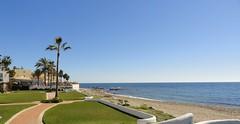 Dona Lola Club Marbella (271) (donalola) Tags: sea costa mer sol beach club del vacances spain holidays lola andalucia resort espagne plage malaga marbella mijas dona andalousie donalola