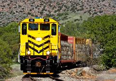 Sierra Northern Local at Keystone (Amtrakdavis22) Tags: railroad train railway trains local freighttrain sierranorthern seraoakdalebranch sera52 fasslerflyer keystonecalifornia