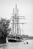 Ready to sail. (mzagerp) Tags: paris seine de juin flood rivière pont quai cru dorsay fiver zouave 2016 lalma