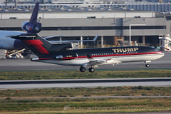 VP-BDJ B727-100 Trump (JaffaPix .... +2.5 million views, thanks!) Tags: lax klax losangeles airplane aeroplane airport jaffapix davejefferys jaffapixcom aviation vpbdj b727100 b727 727 boeing trump executivejet execjet bizjet