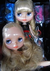 Margo and Fargo (WoodSpriteBlythe) Tags: girl japan doll dolls unique semi fantasy half mug translucent blythe neo hybrid takara picnik tomy margo cwc