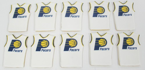 [Image from Flickr]:PACERS logo cookies